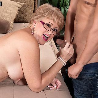 Dicke Brüste Fotos Die schönsten gratis Fotos über Free Porn Geschichten Granny